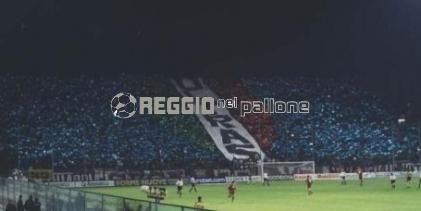 Reggina-Messina, prezzi dei biglietti ed info. Fino a domani, gli abbonati possono confermare il proprio posto