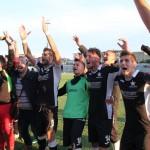 Frattese Reggio Calabria festa a fine gara dei nerostellati