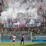 Reggina-Messina striscione Curva Sud