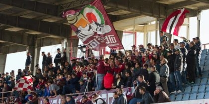 La favola del Locri continua: domenica a Bari può sognare il colpaccio