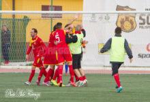 Isola Capo Rizzuto, 4 gol e grande festa: è serie D!