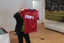 Reggina, ecco la maglia con il nuovo main sponsor (FOTO)