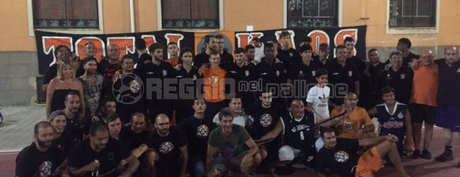 Viola, il 2° Torneo Total Kaos colora la notte di neroarancio…