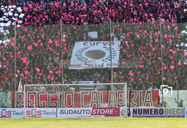 Spettacolo a Reggio Calabria, almeno in 10.000 per Reggina-Casertana!