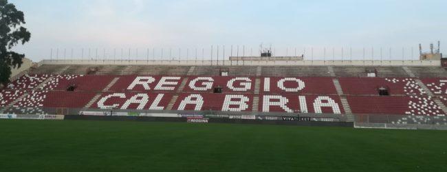 Reggina-Viterbese, ingresso gratis in gradinata per Under 14 ed Over 70