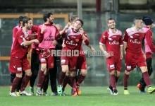 La Reggina ribalta il Lecce e fa impazzire il Granillo: impresa e addio all'ultimo posto!
