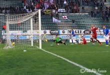 Reggina, prima sconfitta casalinga del 2015