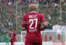 """Ex amaranto, Baclet ferma il Bari: doppietta e """"San Nicola"""" espugnato"""