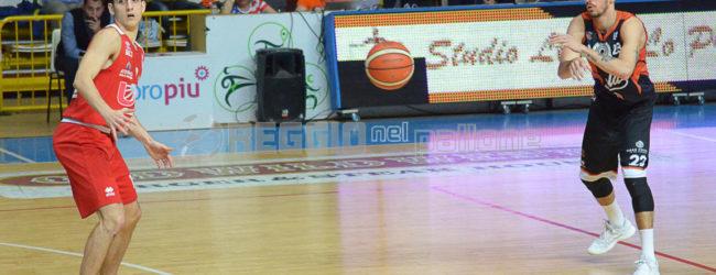 Basket, la Viola cede alla capolista Taranto