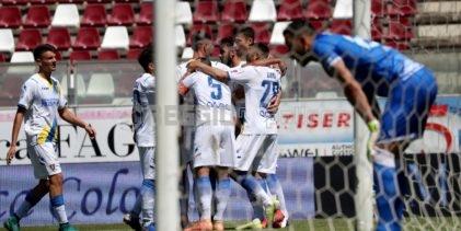 Reggina-Frosinone, la probabile formazione gialloblu: Garritano nel tridente offensivo
